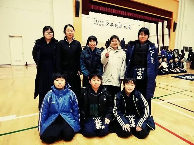 下妻村井杯出場選手集合写真