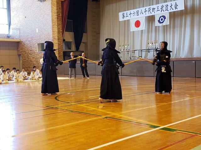 剣道による開会演武